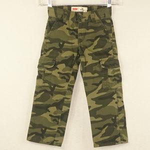 Levi's 505 cammo cargo pants like new 4R